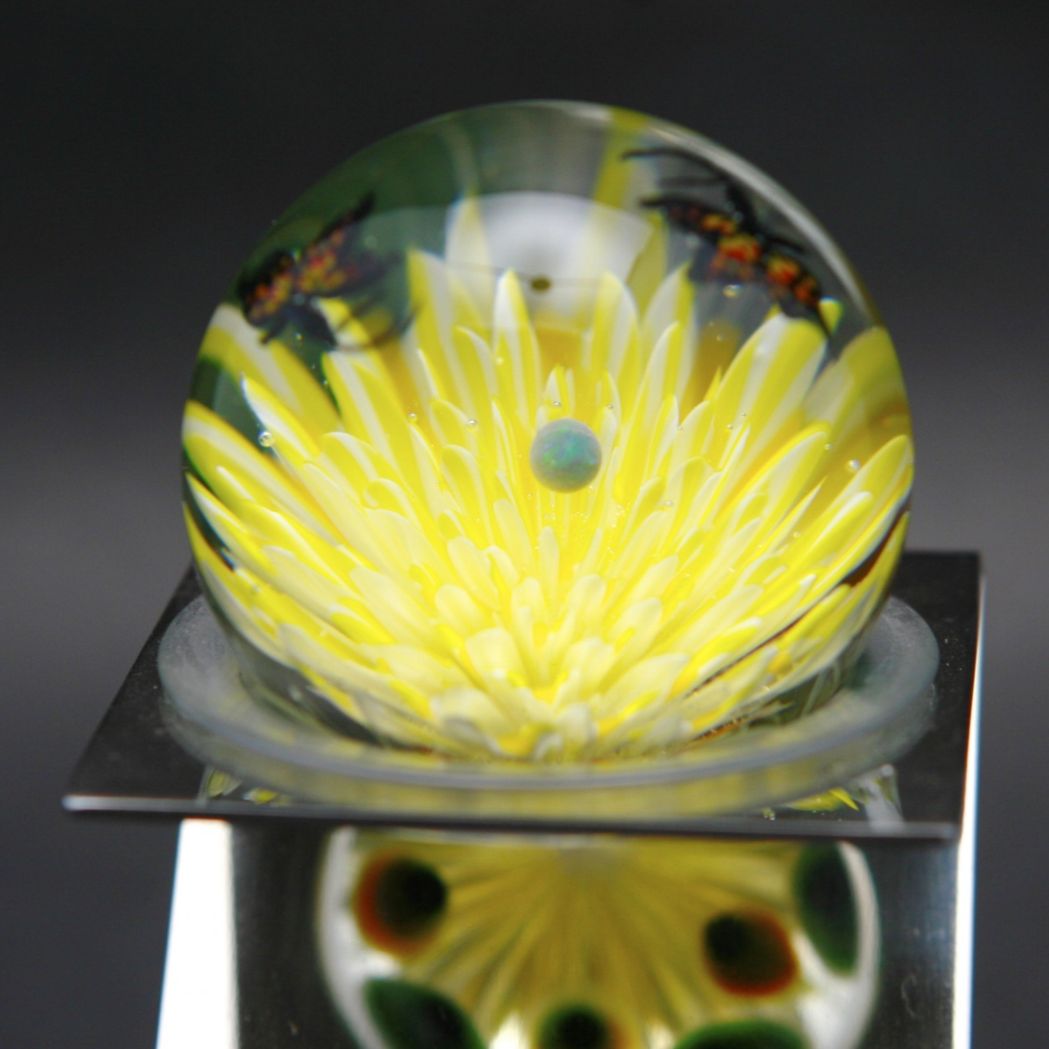 Akihiro Okama - Flower with Butterfly Murine and Stand, heady glass product on gratefuljs.com