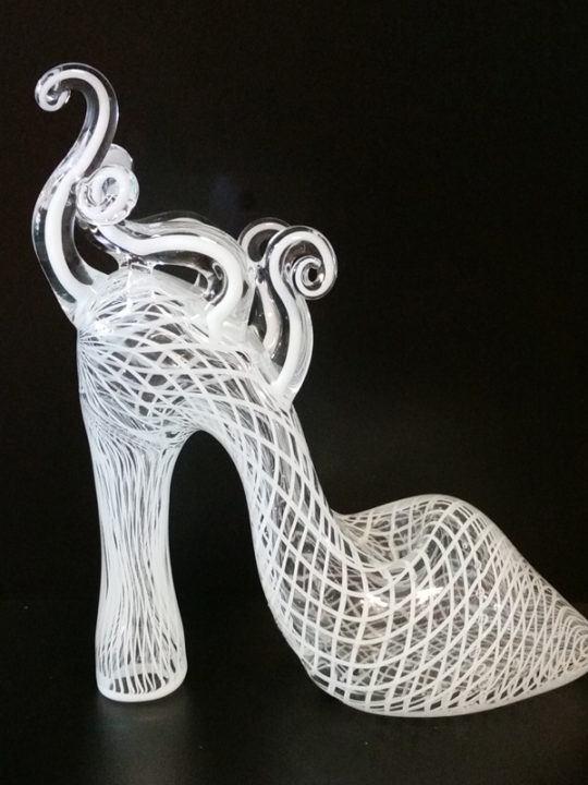 DELENE2-shoe-side