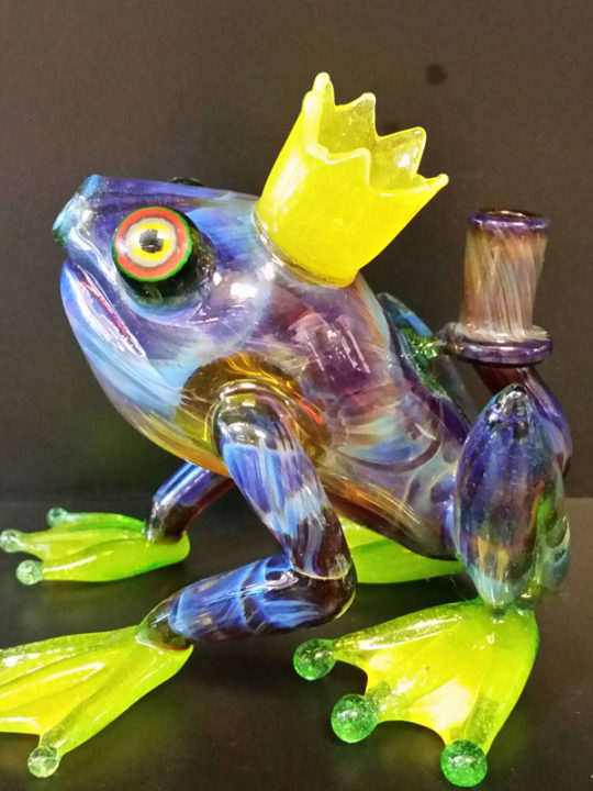 HOPS01-frog