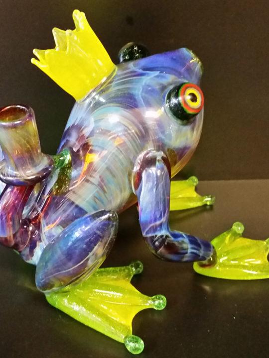 HOPS01-frog-back